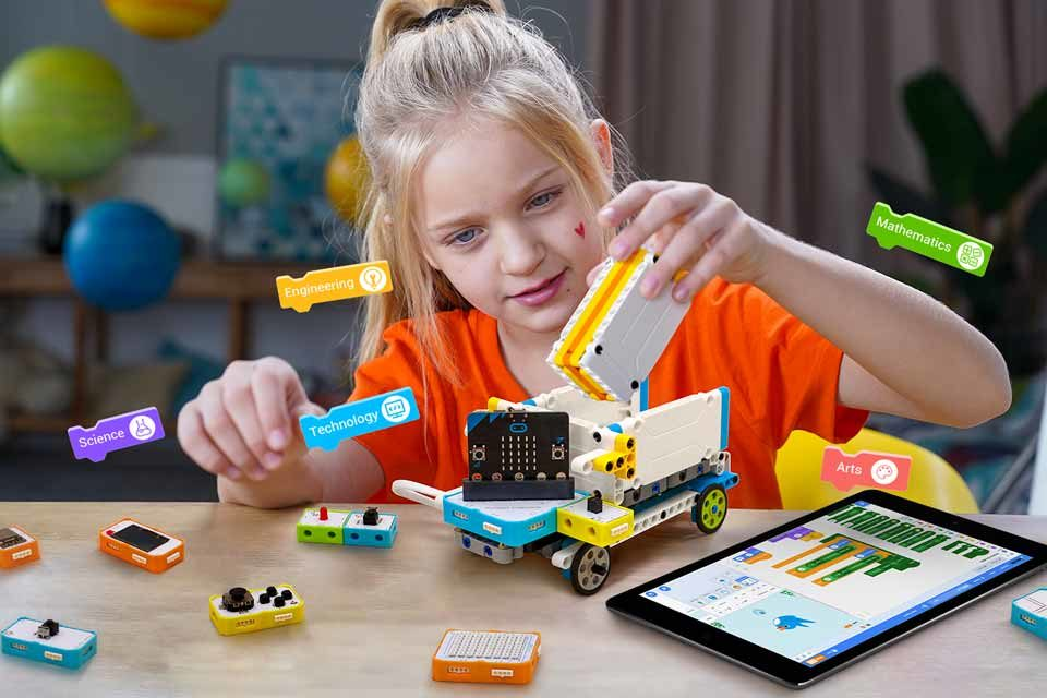 Crowbits: MINT-Förderung für Kinder mit elektronischen Modulen